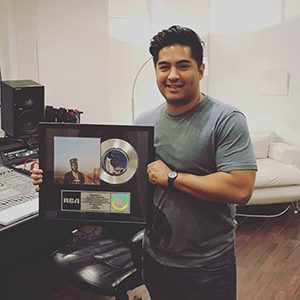Alfredo Gonzalez is a Grammy-Award nominated songwriter, multi-platinum producer and engineer. His credits include Khalid, B.o.B, Kali Uchis, Marcela Gandara, Timeflies, among others.