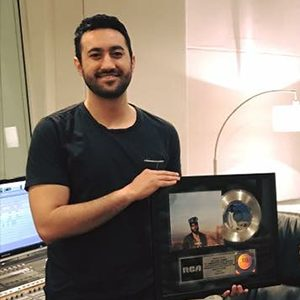 Orlando Gomez is a multi-platinum recording and mixing engineer. He has worked with artists such as Khalid, B.o.B, Timeflies, Evander Griiim, Elia Esparza, Marcela Gandara, among others.